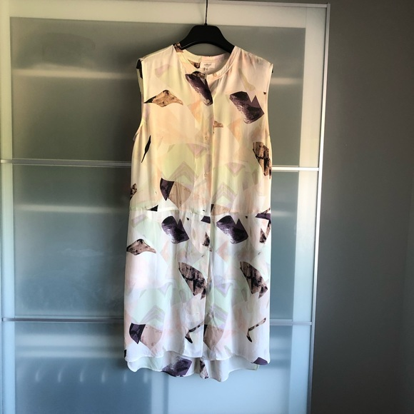 Aritzia's Wilfred Silk Long Blouse, M